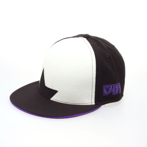 Dissizit! - Alive fitted hat type 1
