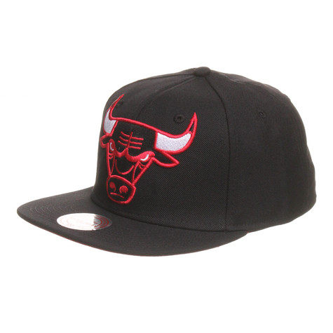 Mitchell & Ness - Chicago Bulls NBA XL Logo Snapback Cap