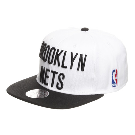 Mitchell & Ness - Brooklyn Nets XL Logo Snapback Cap