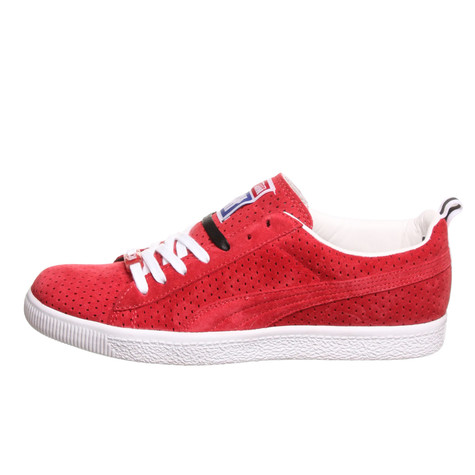 57604374cc62dc Puma x Undefeated - Clyde Gametime (Ribbon Red   White   Black)