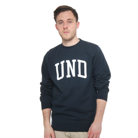 Undefeated - UND Basic Pullover Crewneck Sweater