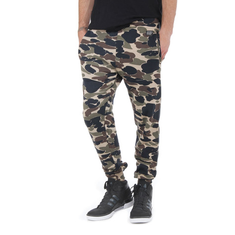 Carhartt WIP - Camo Sweat Pants