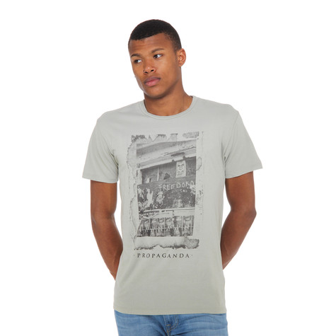Obey - Obey Freedom Photo T-Shirt