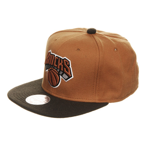 Mitchell & Ness - NY Knicks NBA Signature Snapback Cap