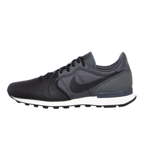 Nike - Internationalist Premium SE