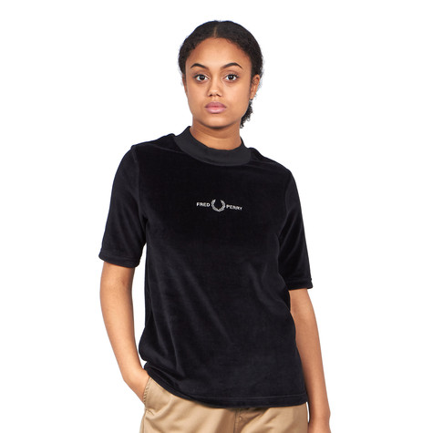 Fred Perry - Velour Embroidered T-Shirt